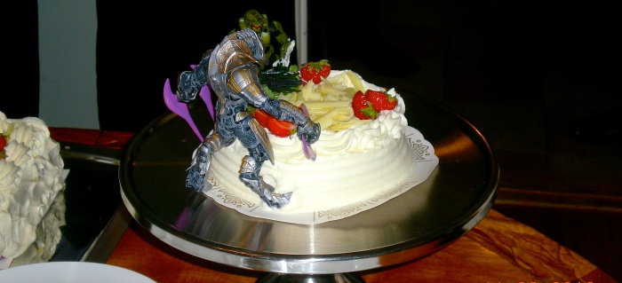 Master Chief and Arbiter on a wedding cake